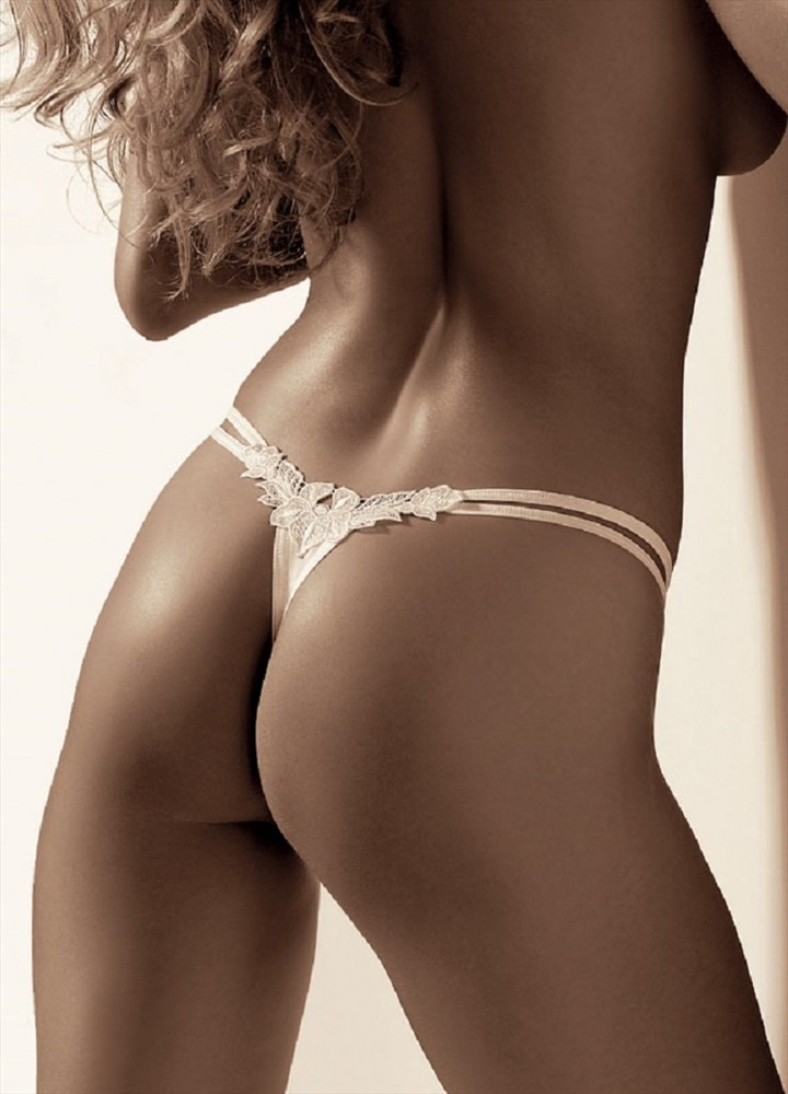 фото девок в стрингах онлайн - 4